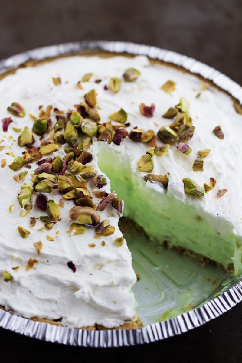 No Bake Pistachio Cream Pie