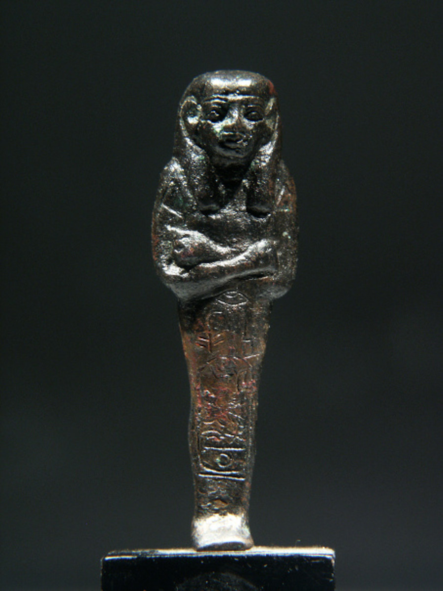 A shabti for Psusennes I, made out of copper. (Copyright Alexander Ancient Art, used by permission)
