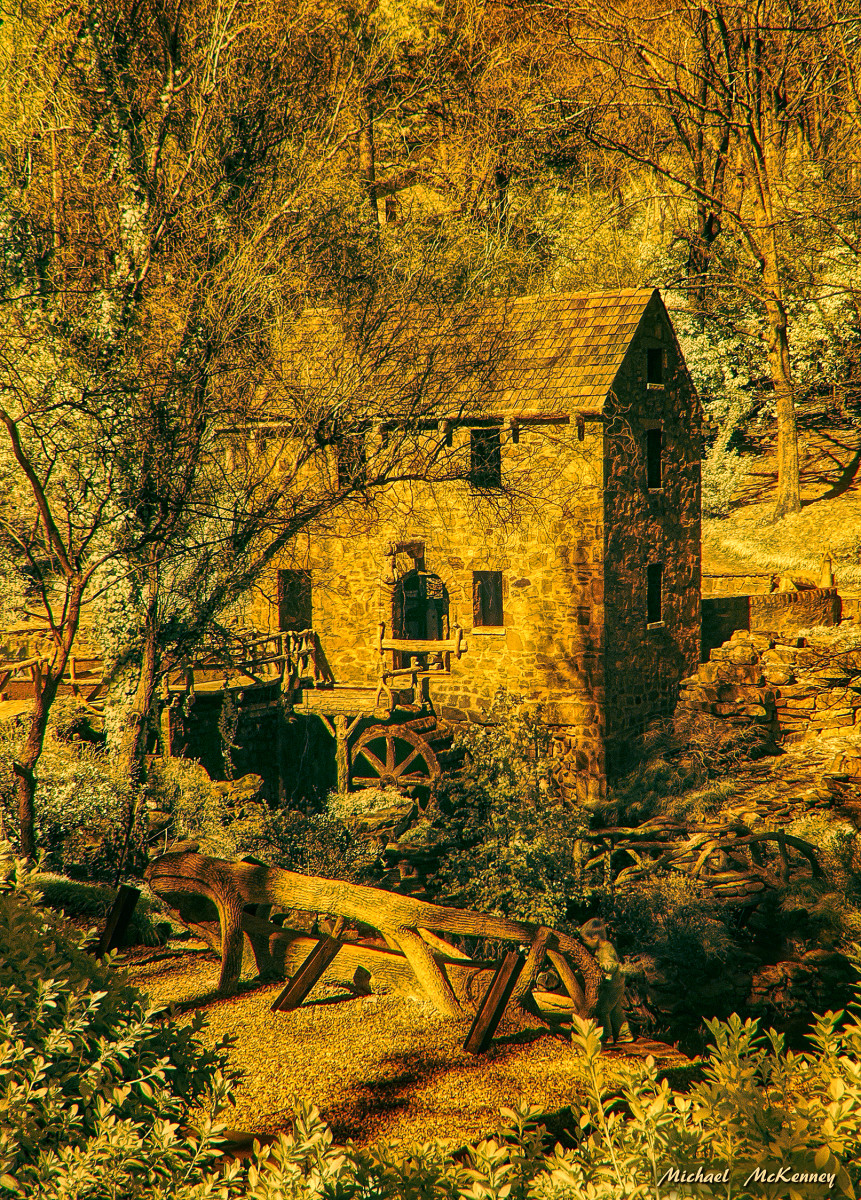 The Old Mill in Little Rock, Arkansas is a non-working mill and was built as a replica of working gristmills of the 1800's. It was commissioned by Justin Matthews in 1932 to be built by Mexican-born artist/architect  Dionicio Rodriguez.