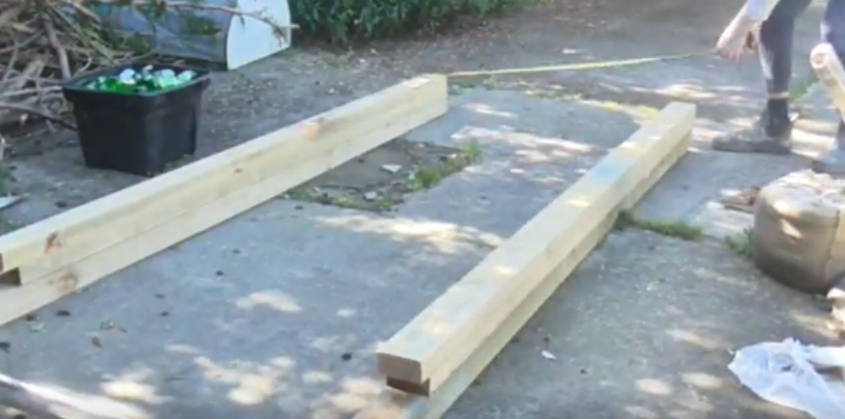 how-to-build-a-homemade-pull-up-bar-and-squat-rack-for-under-100