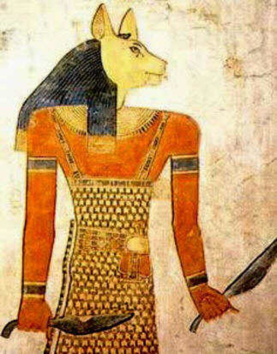 The resemblance of this depiction of Bast on a temple wall in Egypt to the figurine found off the coast of Florida, clearly shows it is Bast.