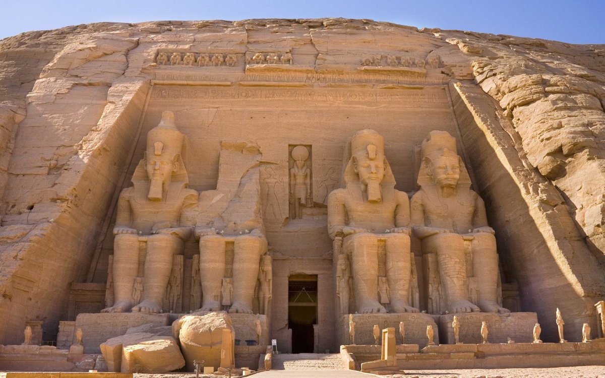 Zep Tepi is translated as the First Time and considered the beginning of the Egyptian Civilization, were the Shemsu Hor the giants of myth and legend?