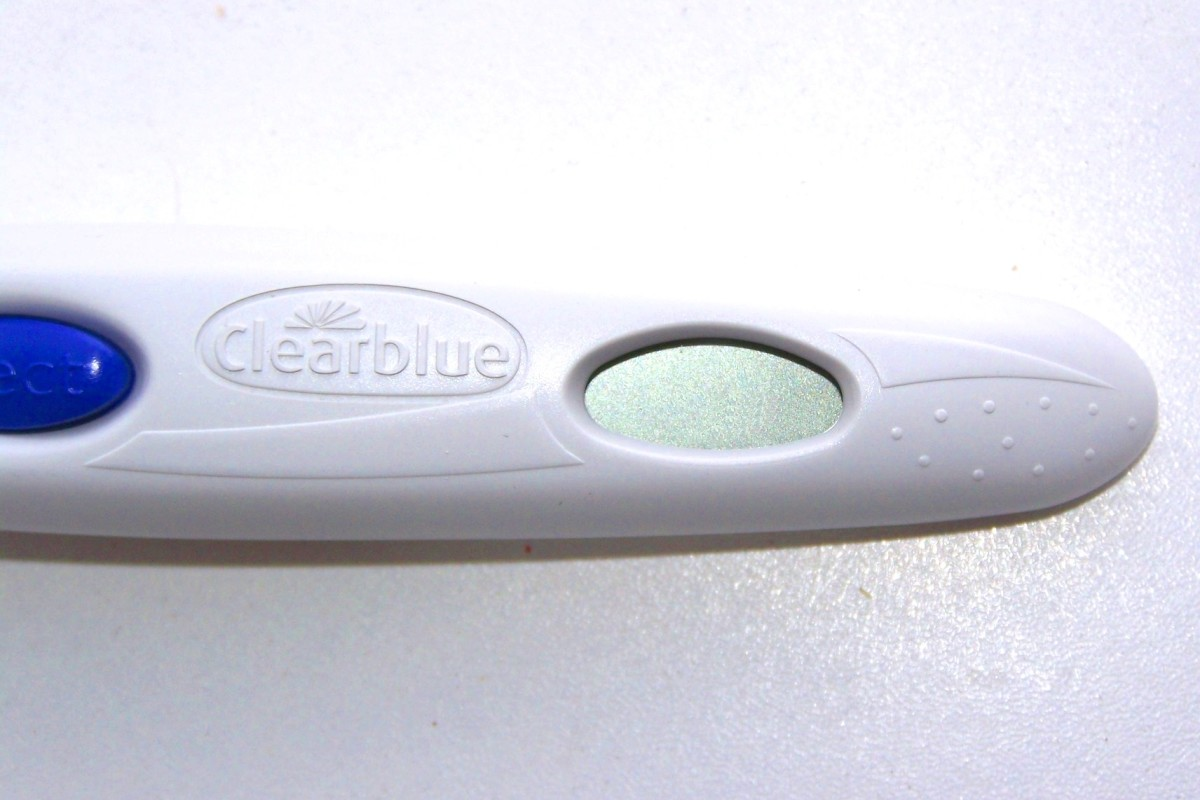 my-clearblue-digital-pregnancy-test-with-weeks-indicator-shows-incorrect-timing-should-i-be-freaking-out