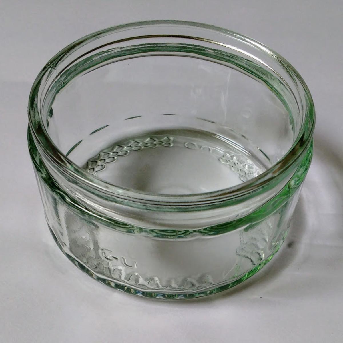 An empty GU pot
