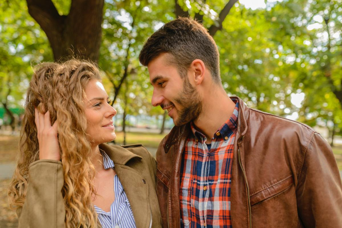 100 Cute Flirty Questions to Ask a Girl to Know Her Mind