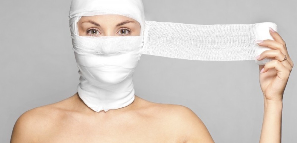 Natural Beauty vs. Cosmetic Surgery: Good or Bad?