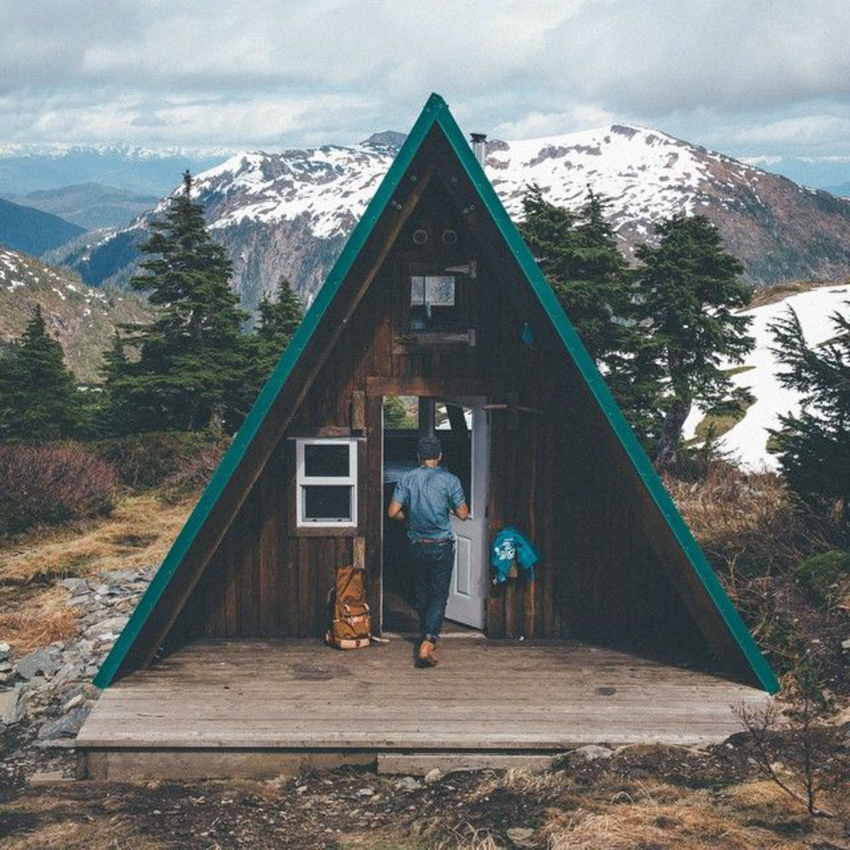 Don't reinvent the wheel with this classic A-frame cabin. Smoothly blending into a hill or mountain side these wonderful cabins usually have fun loft editions or tall glass windows. These make for the perfect ski chalet.