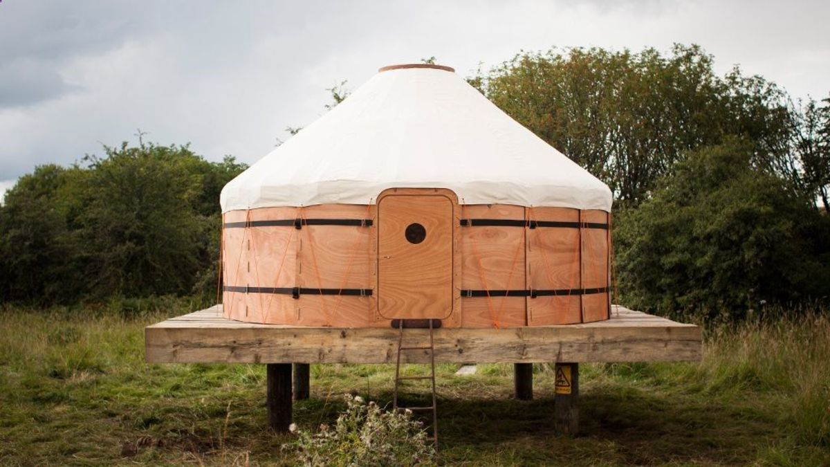 Yurts are fun, easy to build, and have an eccentric bohemian feel that is sure to light up any forest property. Yurt are an inviting home on permaculture homesteads and market garden farms.