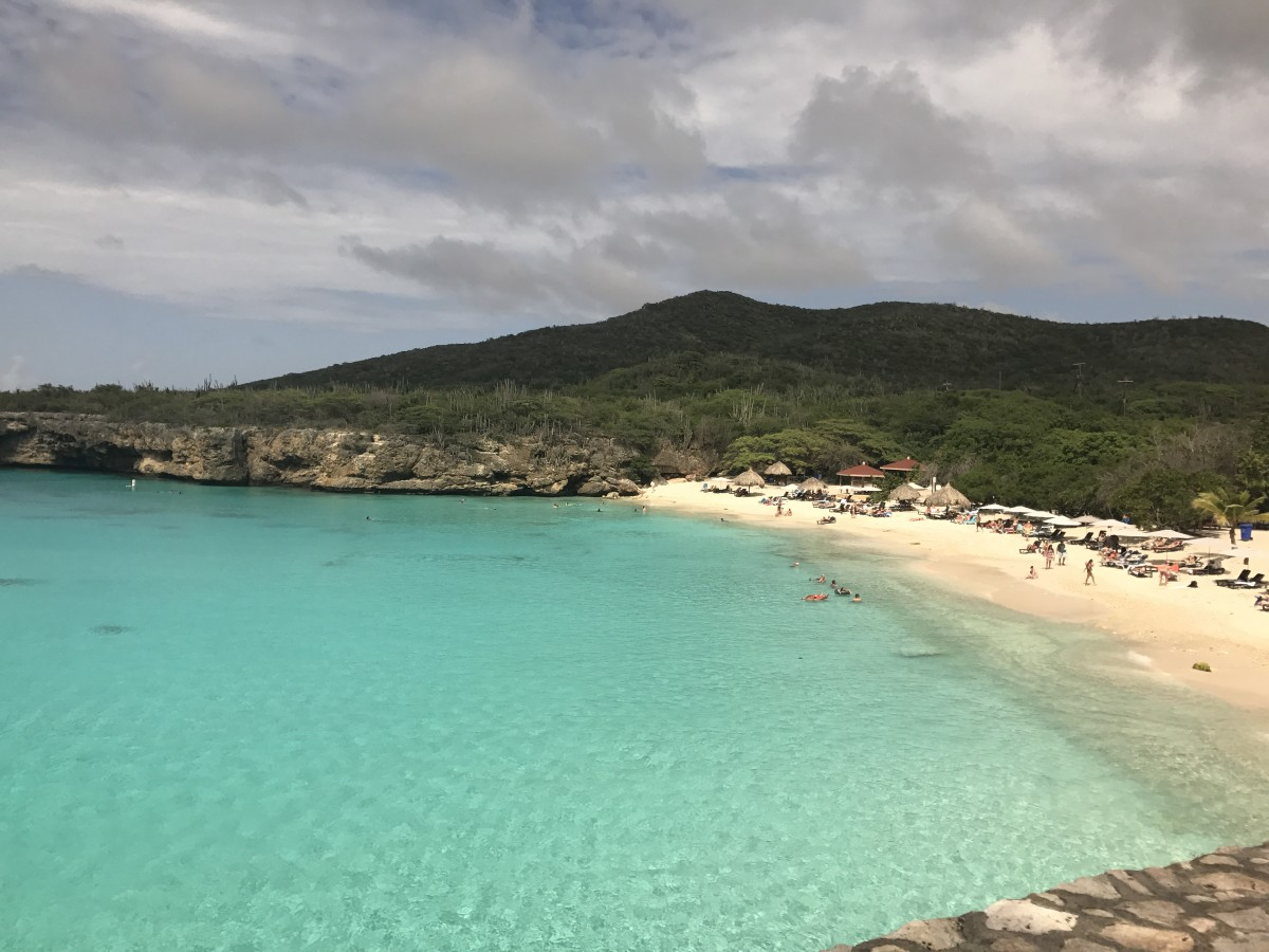 The Pros and Cons of Living on the Island of Curaçao