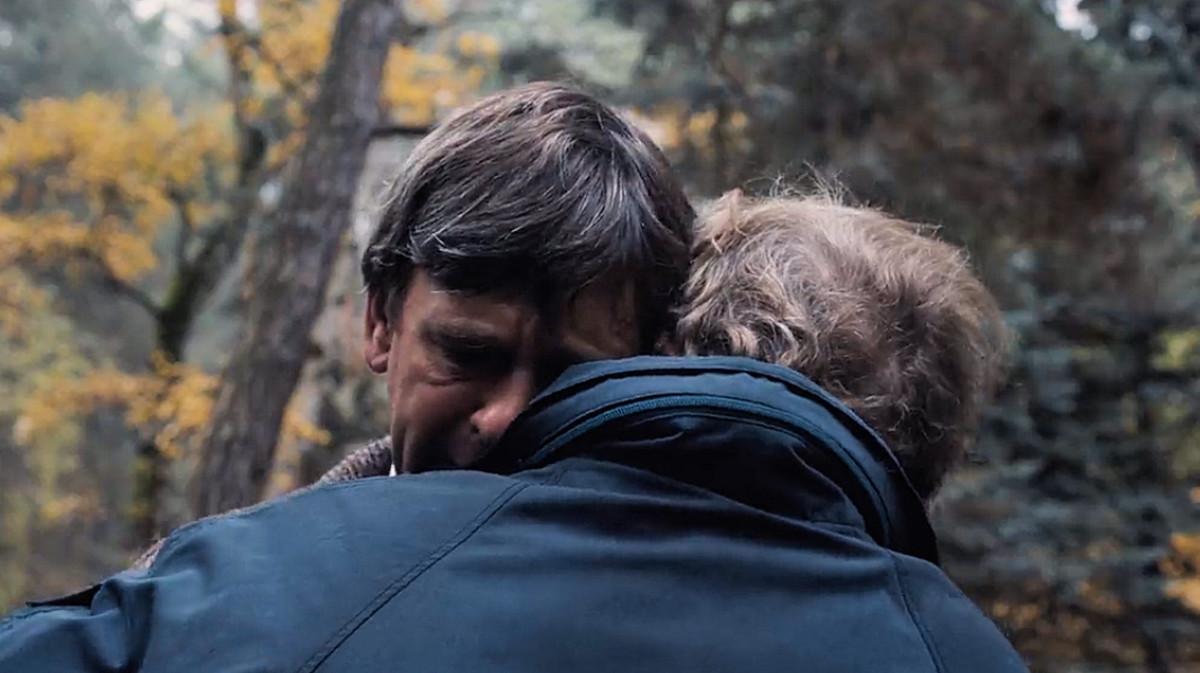 Helge Doppler confronts his past self in 'Dark' (2017), a Netflix Original Series.
