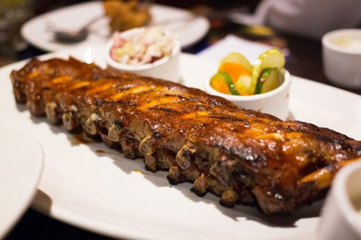 Barbecue ribs are so pretty that many people cannot eat them.