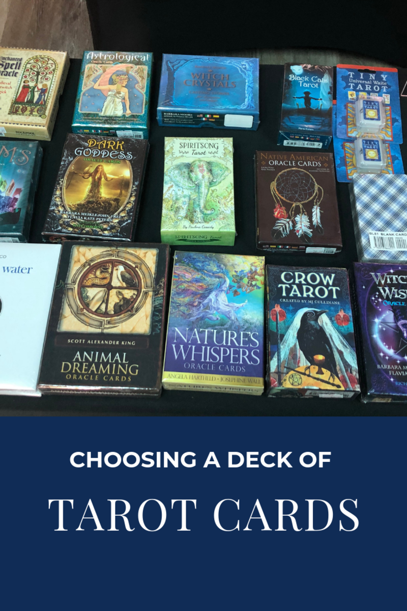 How to Choose a Deck of Tarot Cards