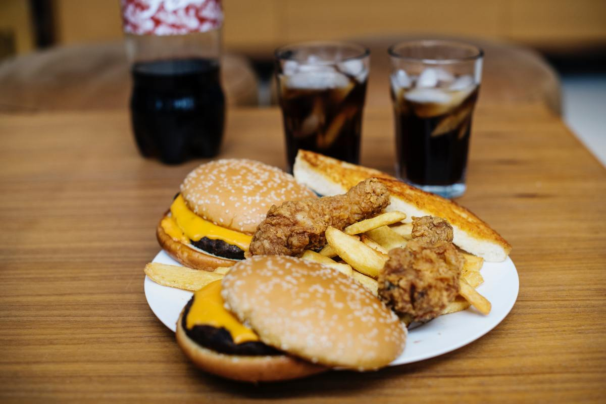 Pros and Cons: Should Junk Food Be Banned or Allowed in Schools?