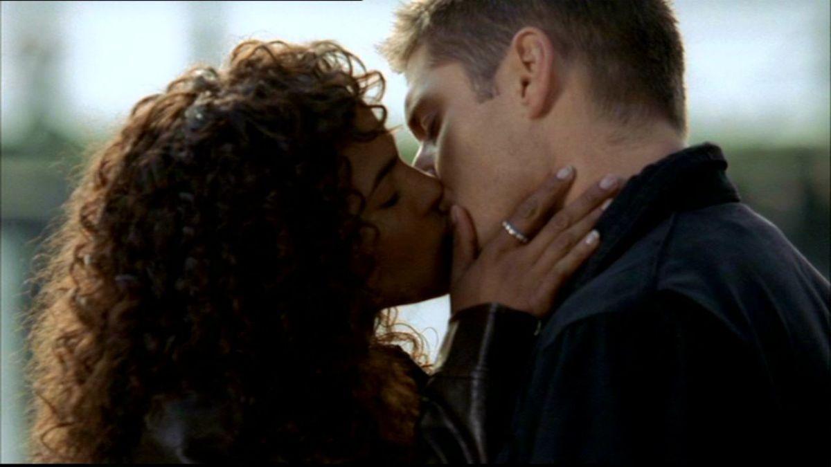 Dean Winchester and Cassie Robinson, Supernatural, season 1 episode 13 'Route 666'