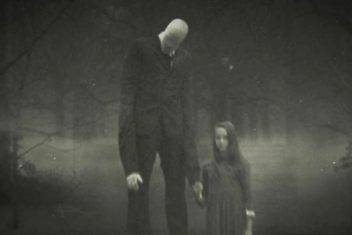 Cakes Takes on Slender Man (Movie Review)