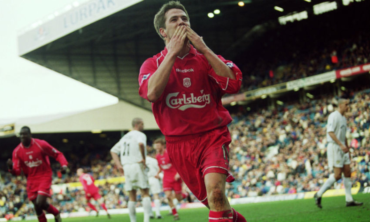 Michael Owen celebrating a goal for Liverpool.