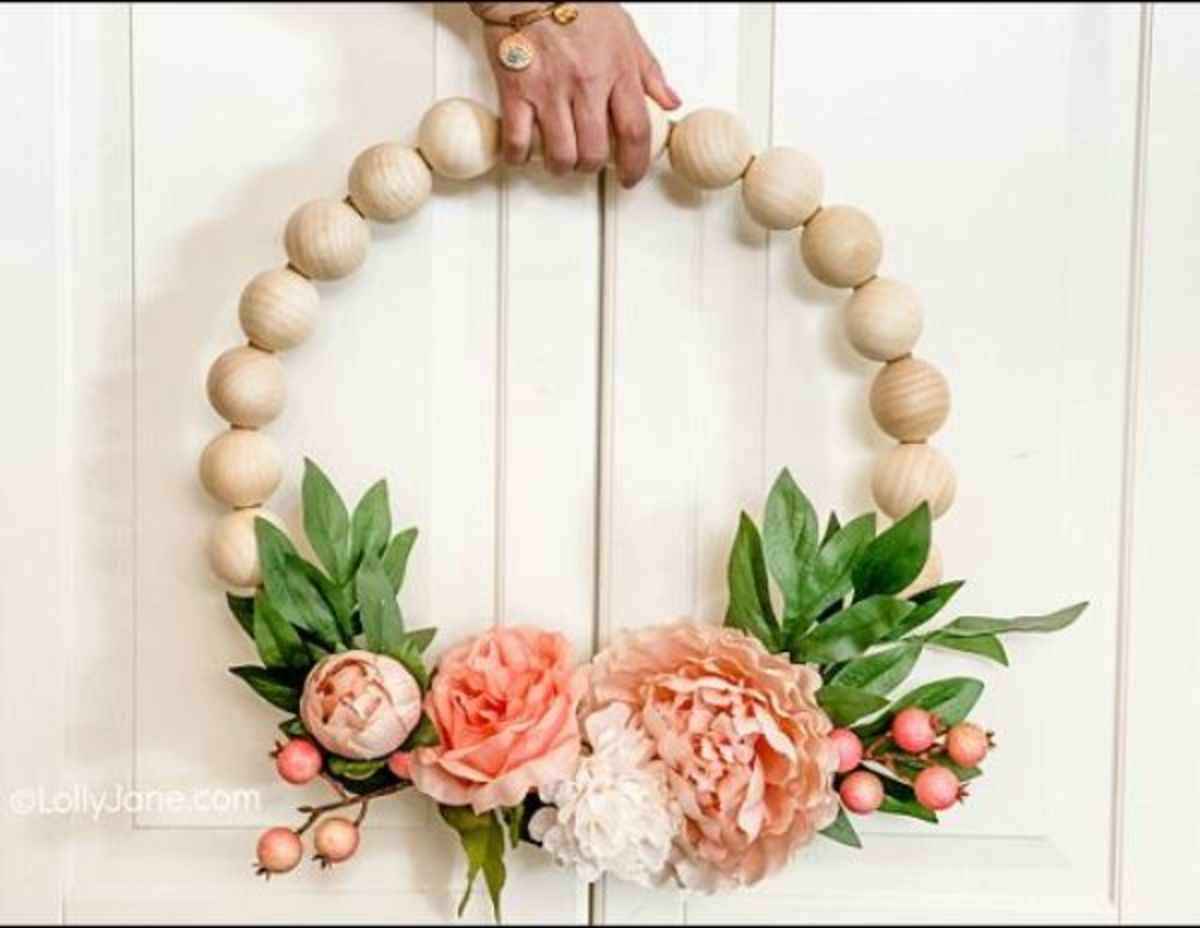 34 Stunning Wooden Bead Craft Projects
