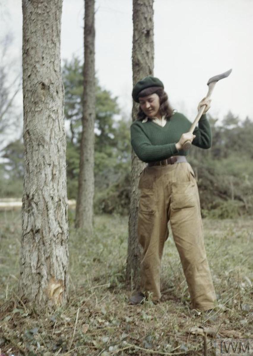 The Lumber Jills, Heroines of WW II