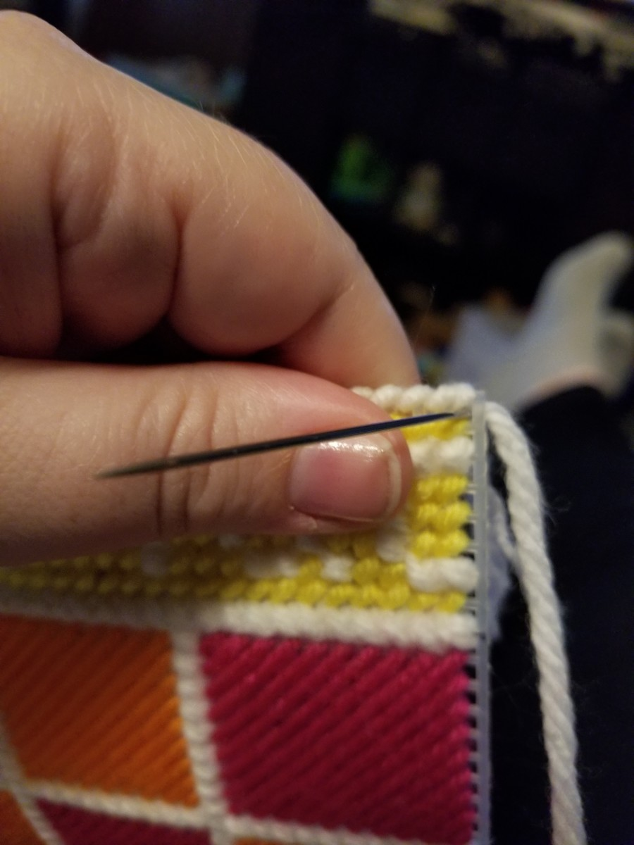 how-to-cross-stitch-with-yarn-and-plastic-canvas-basic