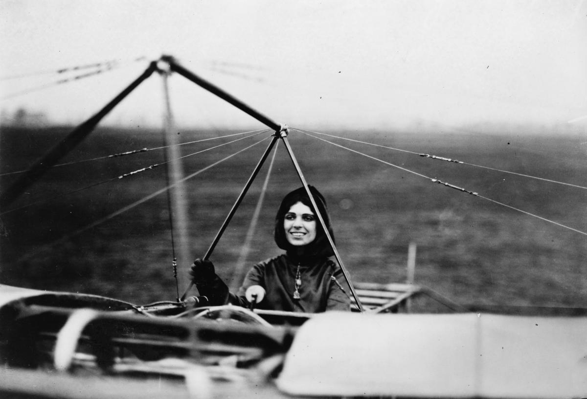 Harriet Quimby, Pilot