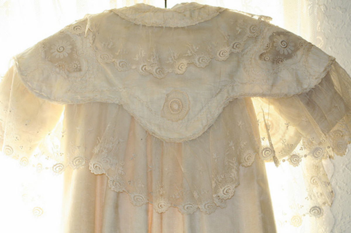 Antique, Vintage and Vintage Style Baby Clothes and Clothing