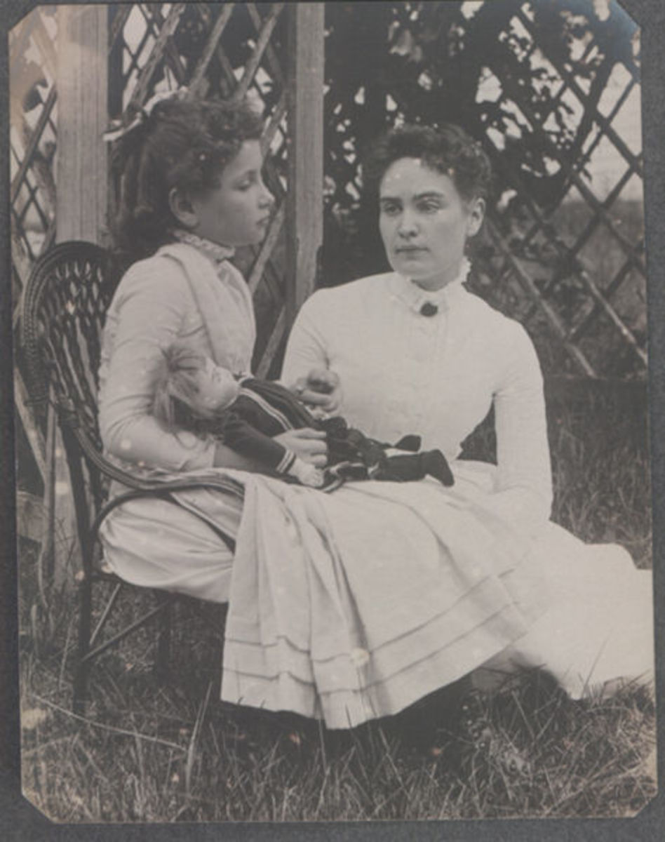 Annie Sullivan teaching eight year old Helen    Photo Credit: The Wikipedia