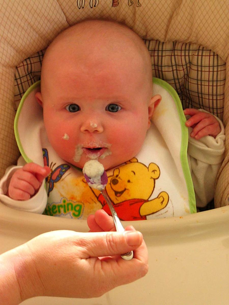 when to start baby on solid foods