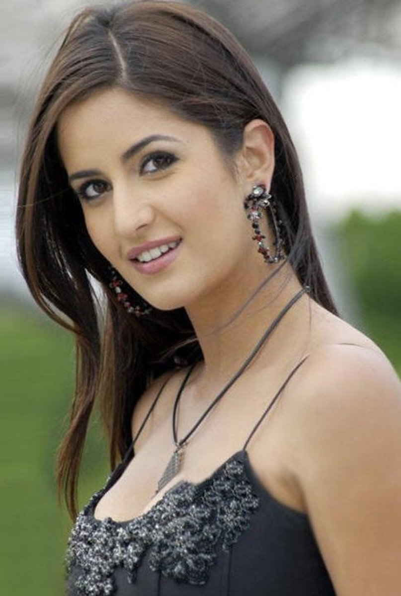 One of Top 10 sexy Bollywood Actresses
