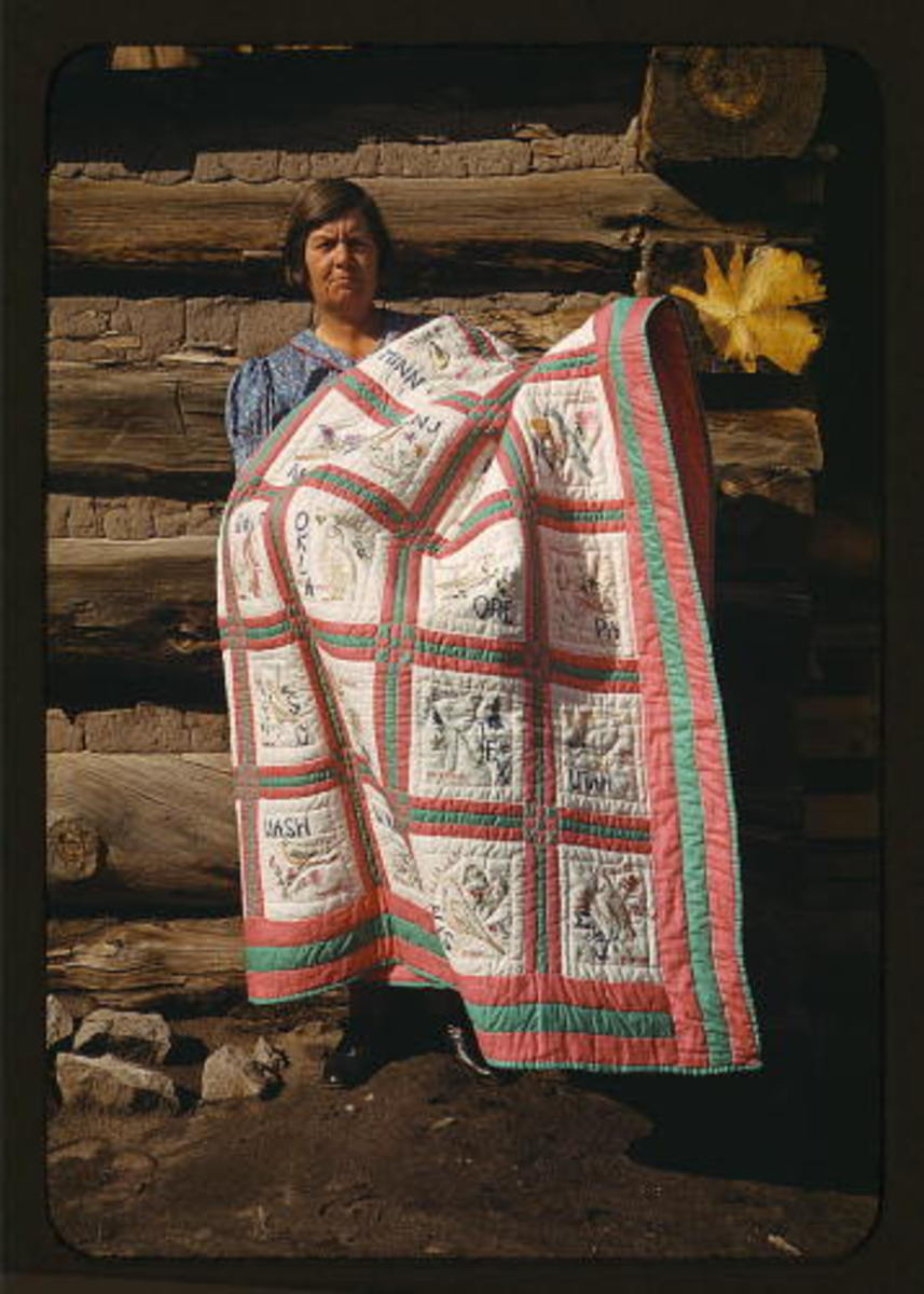 Mrs. Bill Stagg with state quilt, Pie Town, New Mexico (LOC) Photographer: Library of Congress Licensing Agreement: Public Domain