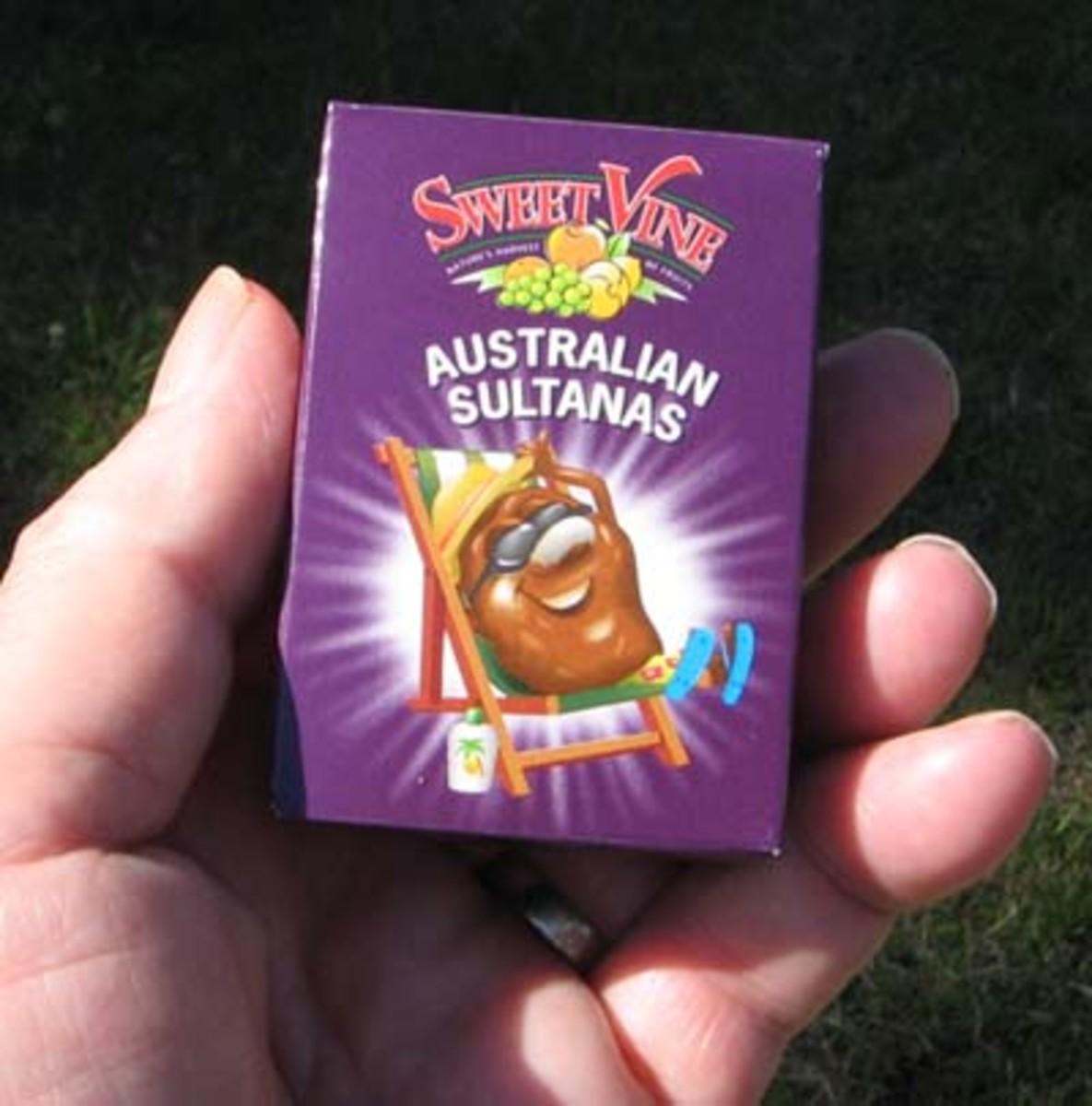 Snack size box of Aussie Sultanas