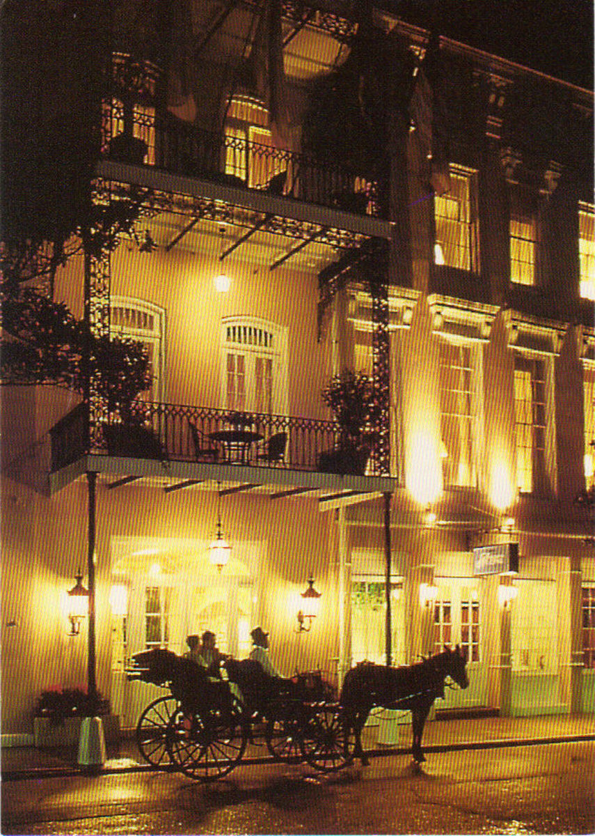 Front of Bienville House Hotel located at 320 Decatur Street, New Orleans, Louisiana (800) 535-7836