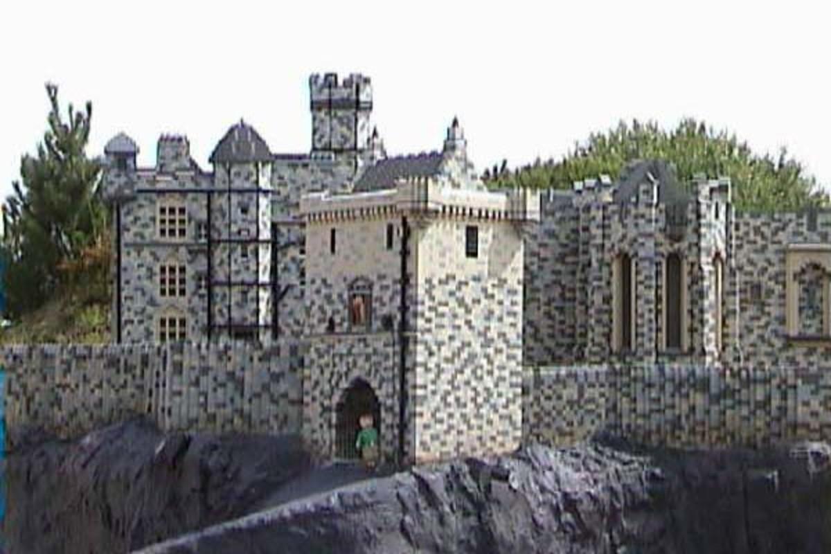 Lego model at Legoland of Edinburgh Castle