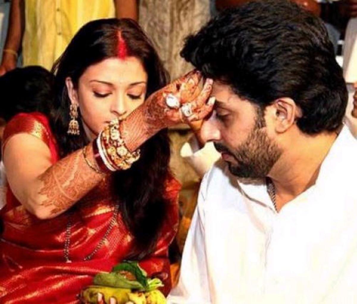 Aishwarya Rai with husband Aishwarya looking at