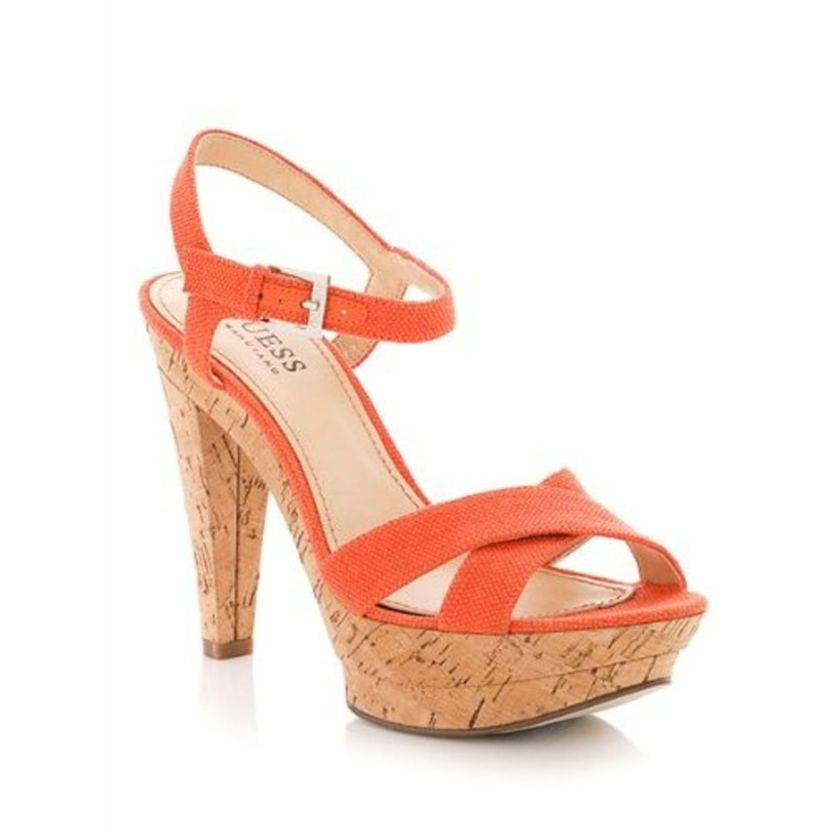 adding-orange-shoes-into-your-wardrobe_