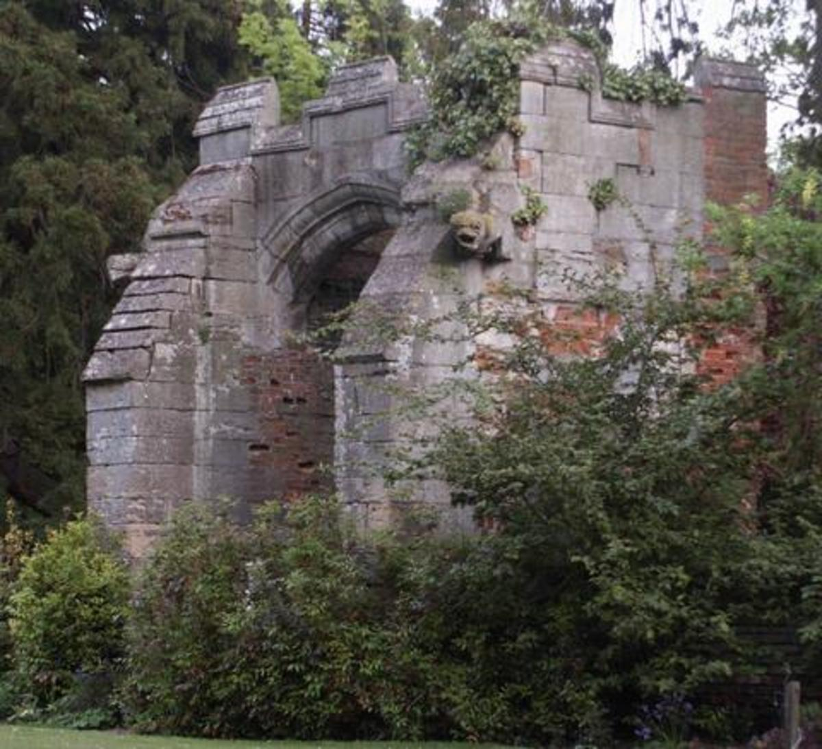 Kettlethorpe Manor, the larger of Hugh Swynford's estate in Lincolnshire.  This gate house is the surviving part of the house Katherine Swynford would have known.