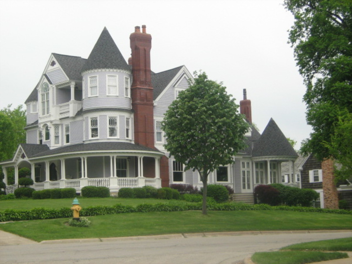 A mansion in Hinsdale