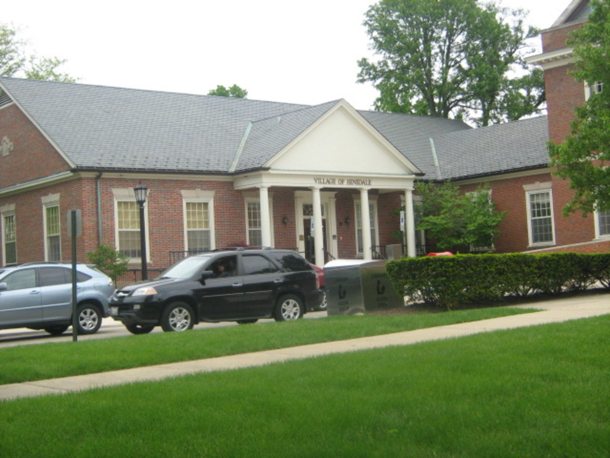 Hinsdale's Village Hall
