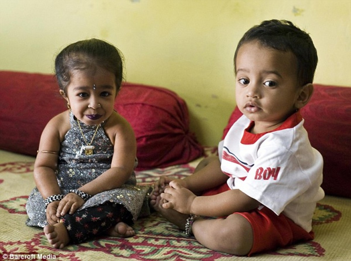 Jyoti, aged 15 with a little boy who is a mere 13 months old