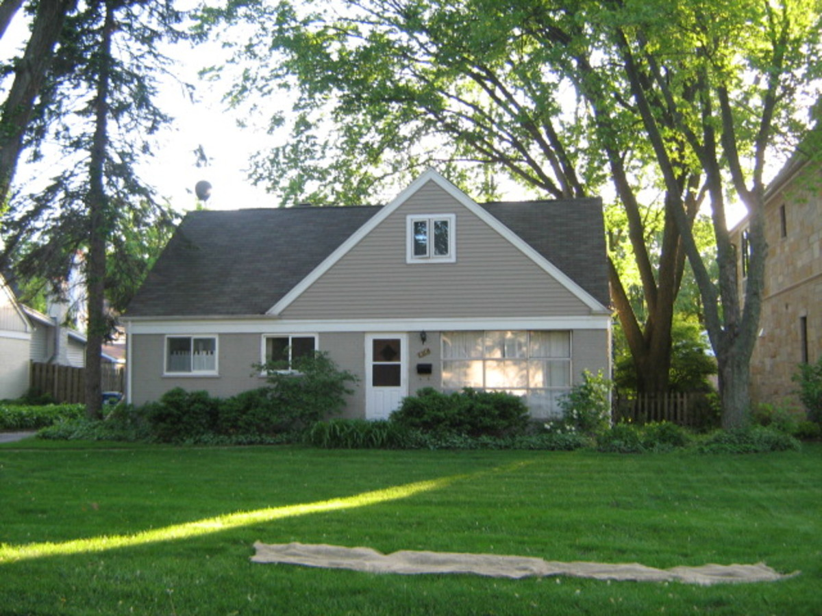 At times, modest homes are found at the north end of Hinsdale near Ogden Avenue