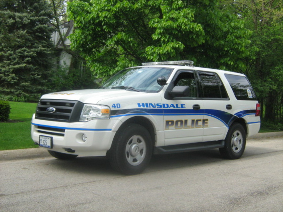 """Hinsdale's very trusting """"finest"""" leaving a vehicle parked and unattended with the windows down along a side street"""