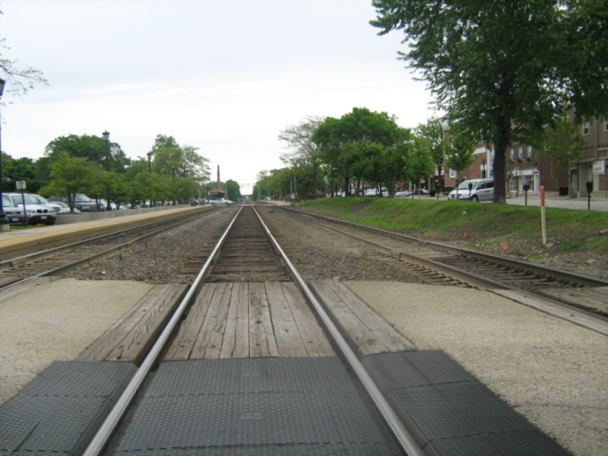 An east view of the train tracks which connect Chicago to Aurora - passing through Hinsdale