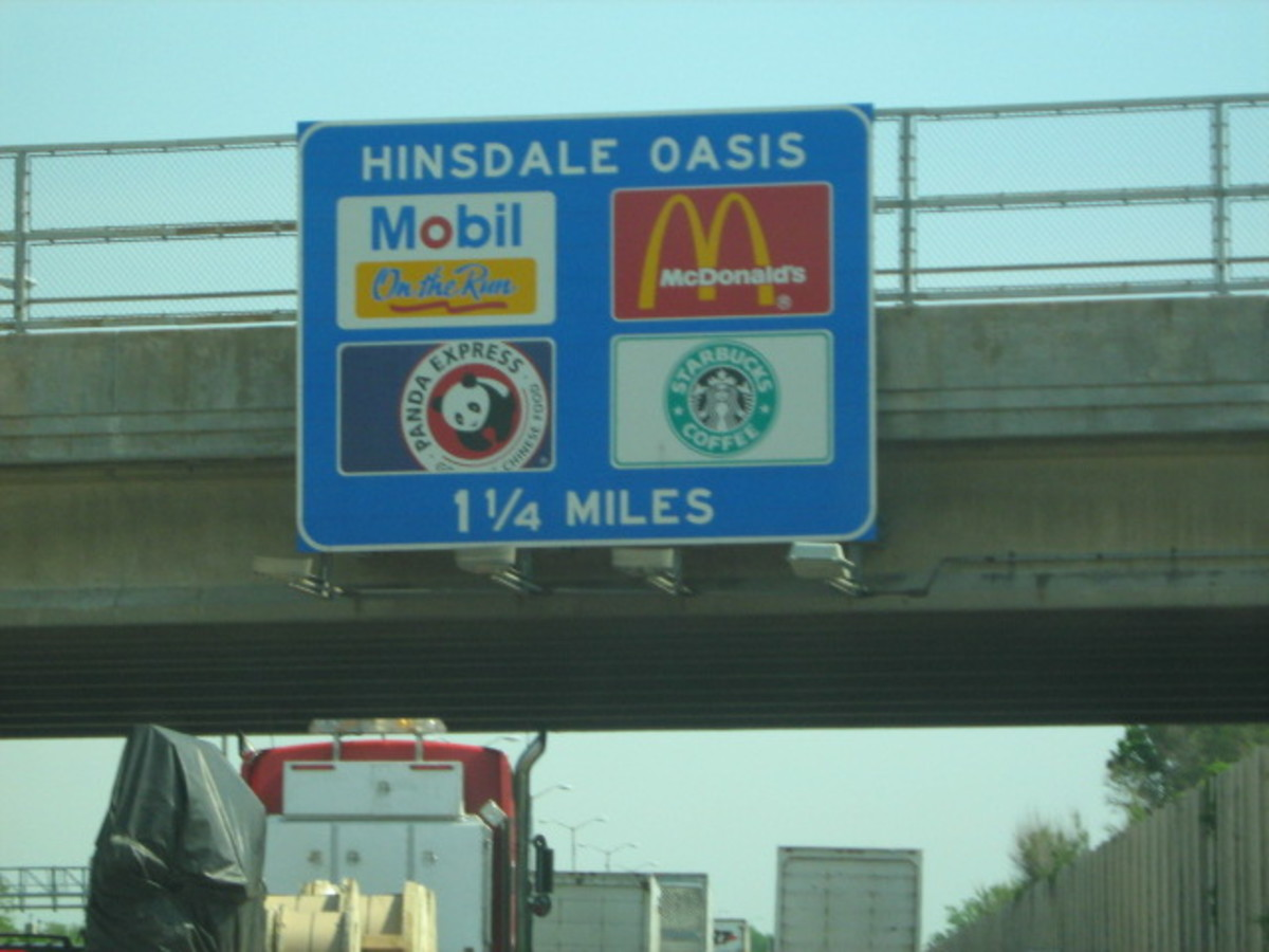 Signage along Tollway 294 at Hinsdale's eastern border