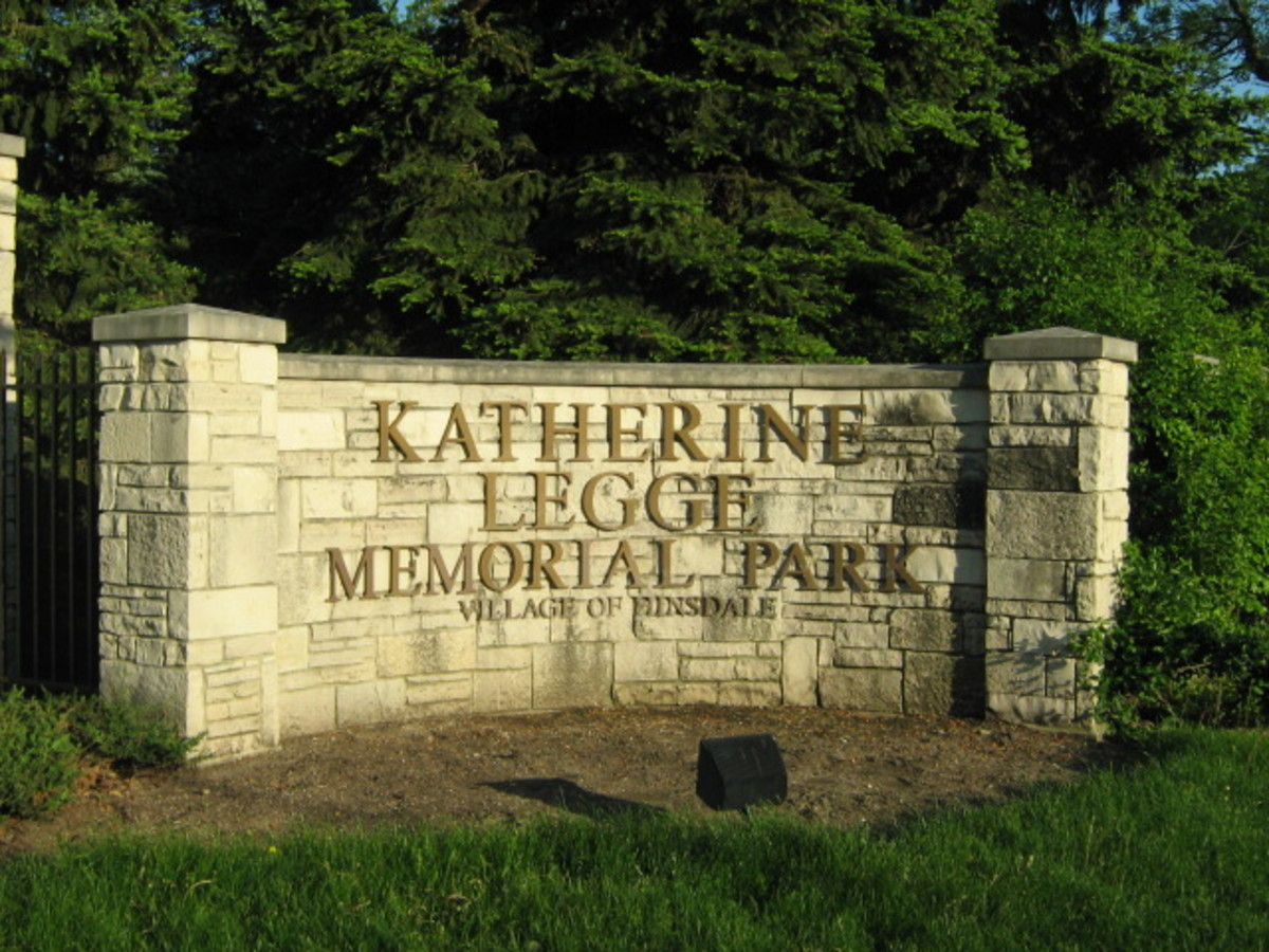 Main entrance to Katherine Legge Memorial Park in the Village  of Hinsdale along County Line Road between 55th Street and Plainfield Avenue