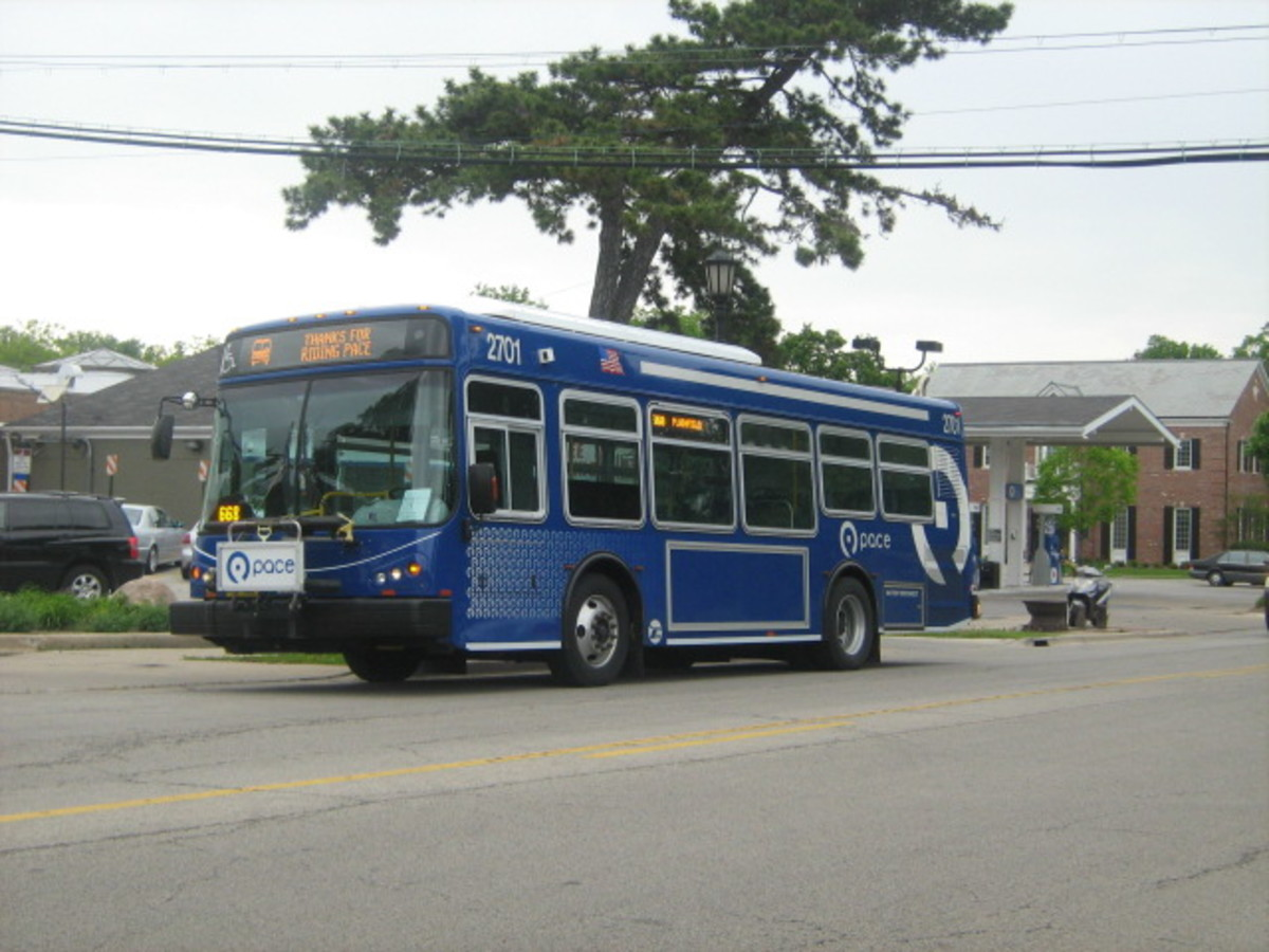 Hinsdale Public Transportation - Bus parked across from the park Downtown