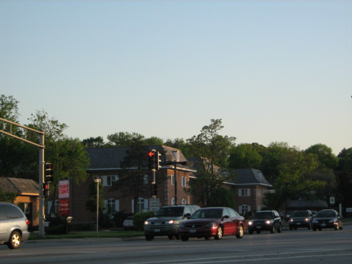 One of Illinois' most crossed intersections near I-294 entrance and exit ramps in Hinsdale - Ogden Avenue and York Road