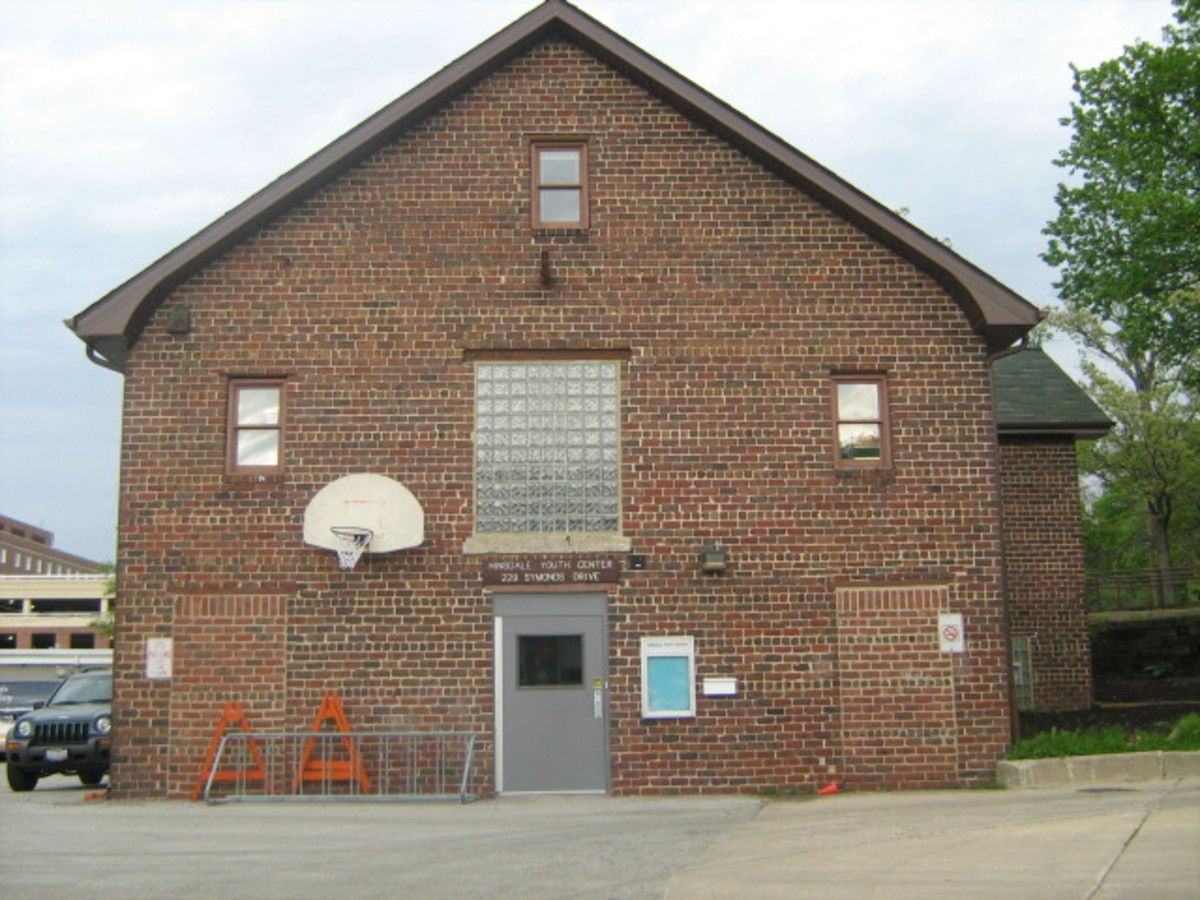 Hinsdale's Youth Center near Downtown Hinsdale