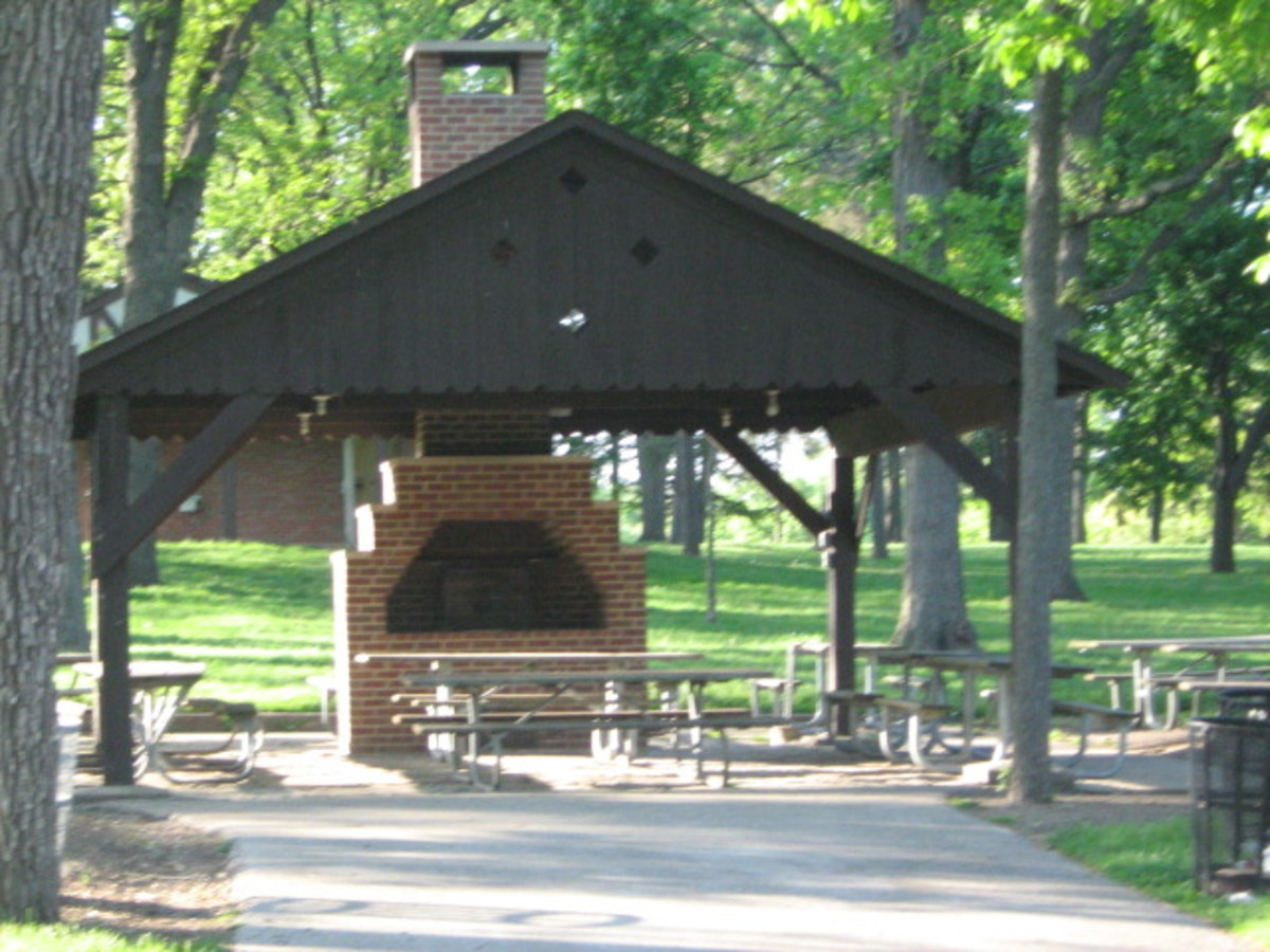 Pavillion for picnics at Katherine Legge Memorial Park