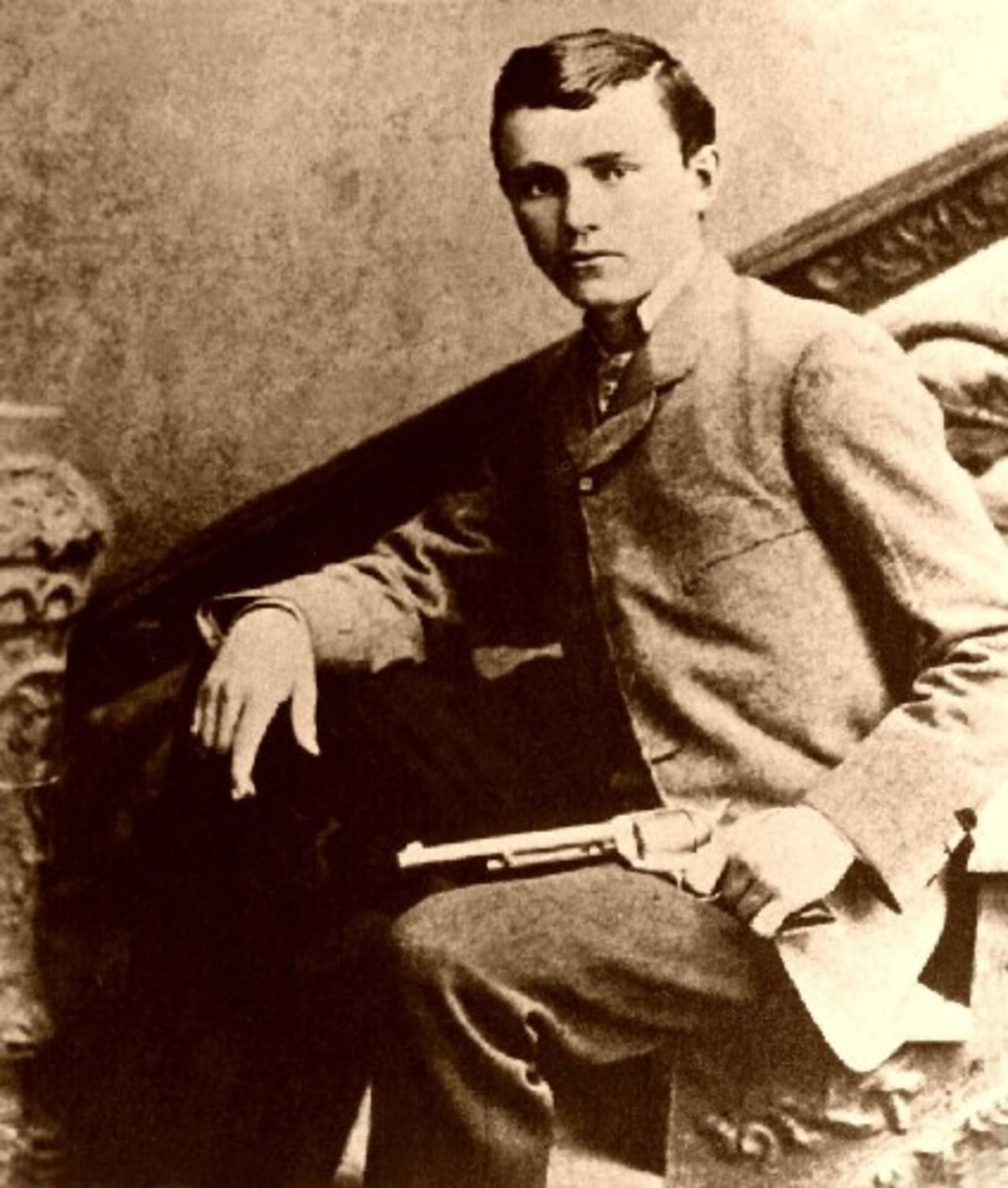The outlaw Robert Ford, who lived from 1860 to 1892, in an undated photograph by an unknown author reportedly posing with the weapon he used to assassinate Jesse James.