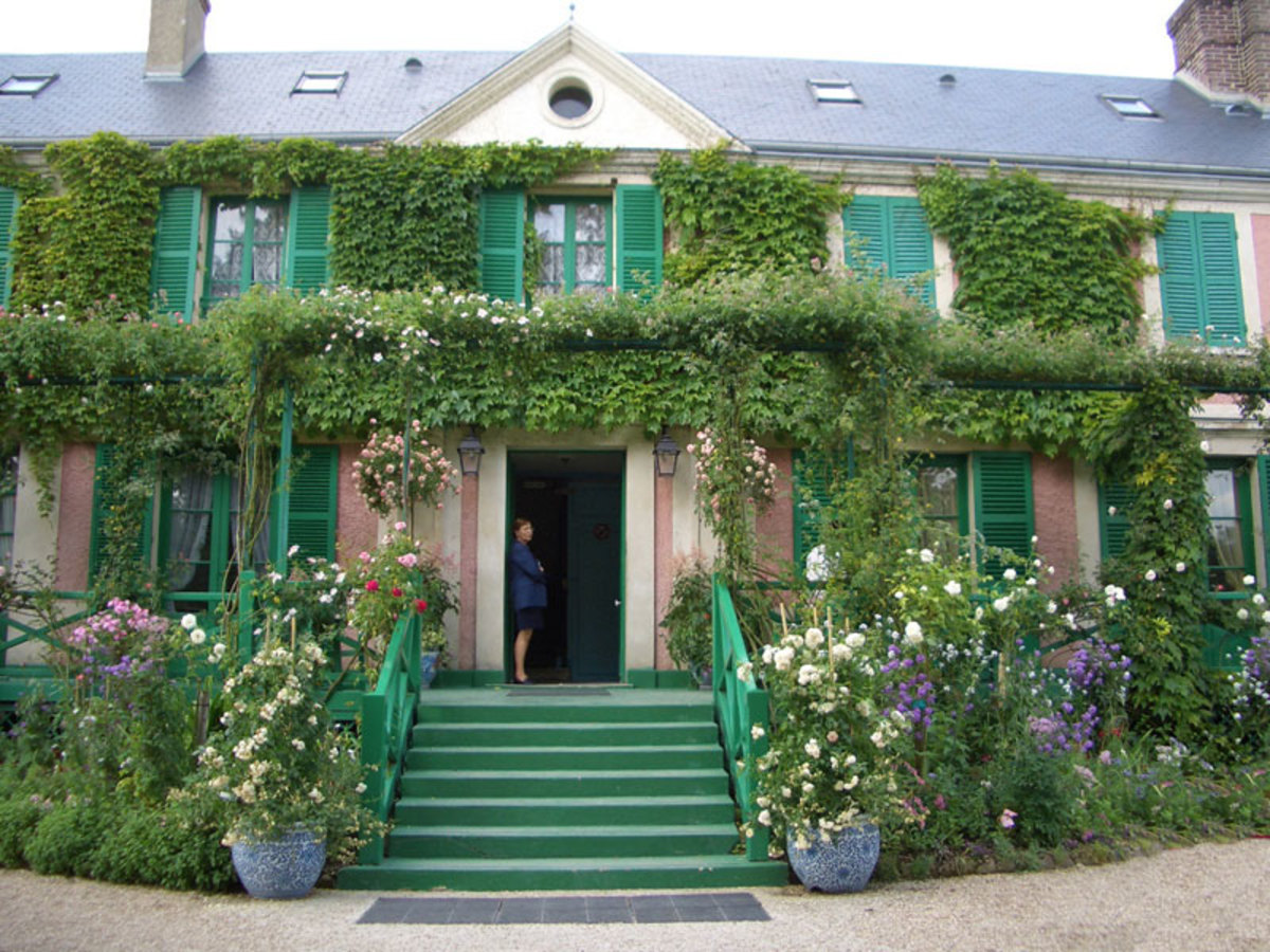 the front entrance of Monet's home