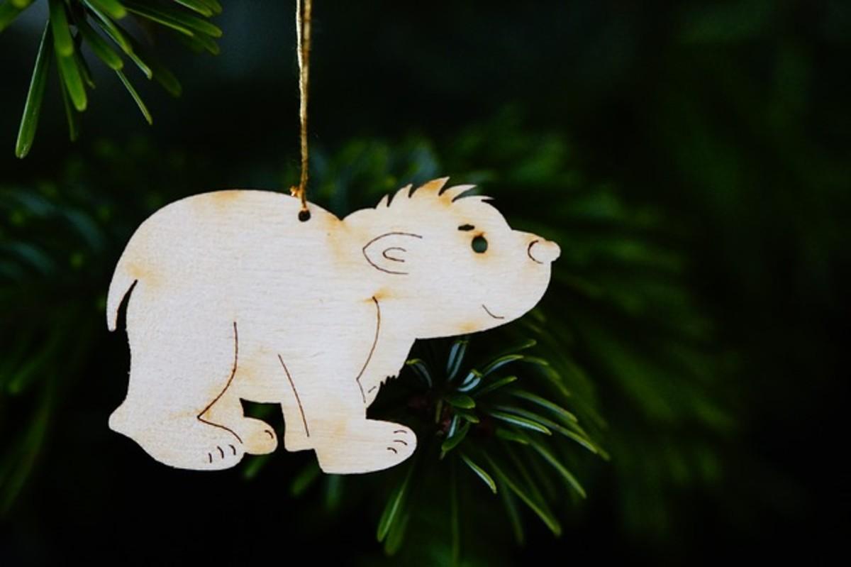 Polar Bear Christmas Ornament - so cute!